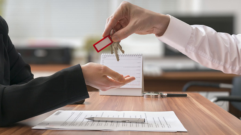 Передача квартиры в собственность покупателя