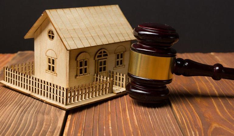 Право собственности на самовольную постройку